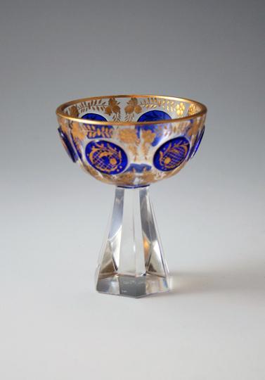 装飾ガラス「カメオ、金彩カップ」