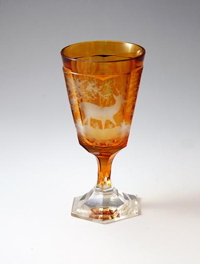 装飾ガラス「鹿文様ワイングラス」