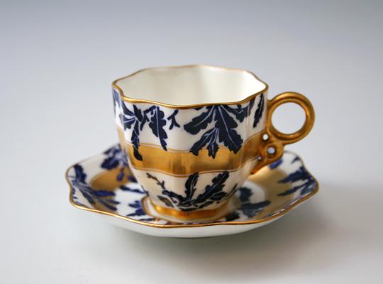 陶磁器「葉文様デミタスカップ」