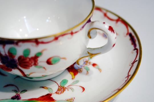 陶磁器「シノワズリコーヒーカップ」