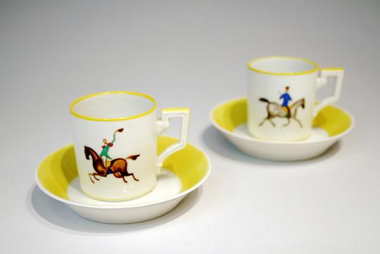陶磁器「乗馬文様コーヒーカップ a」