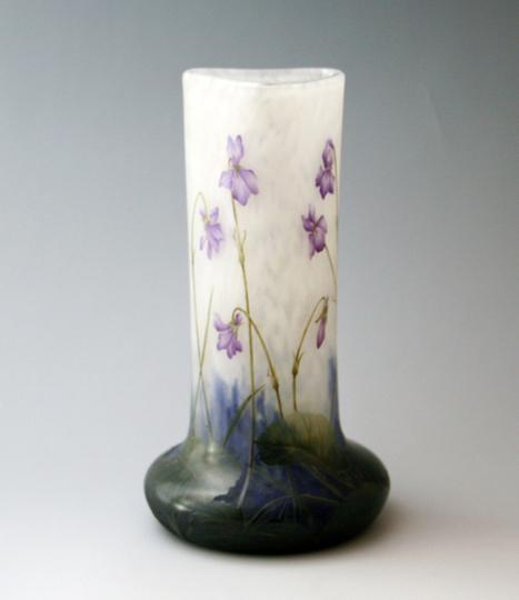 アールヌーヴォー「すみれ文様花瓶」