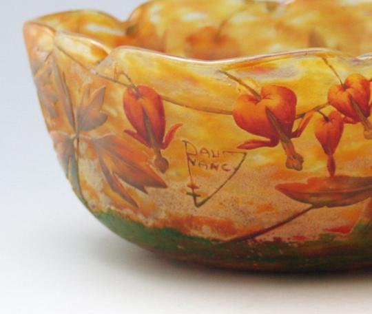 アールヌーヴォー「花文様鉢」
