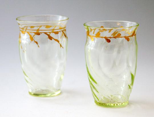 アールヌーヴォー「ウランガラス金彩タンブラー」
