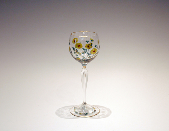 装飾ガラス「雛菊文様ワイングラス」