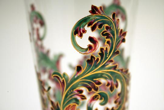 装飾ガラス「唐草文ゴブレット」