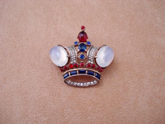 コスチュームジュエリー「王冠ブローチ」