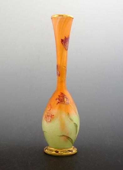 アールヌーヴォー「チューリップ文花瓶」