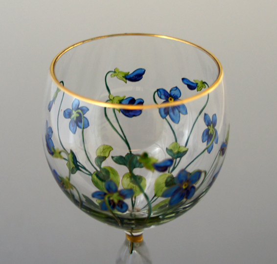 装飾ガラス「花文様ワイングラス」