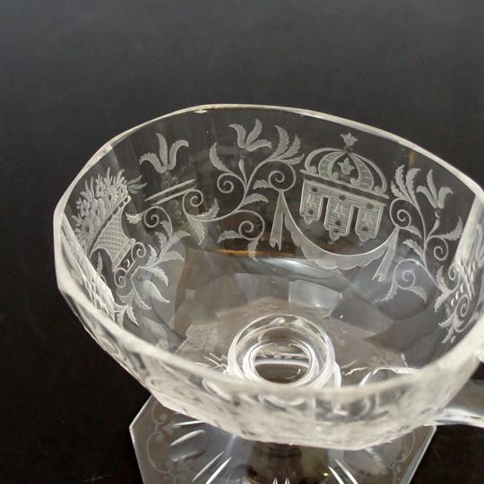 装飾ガラス「マリア・テレジア 取手付きクープ」