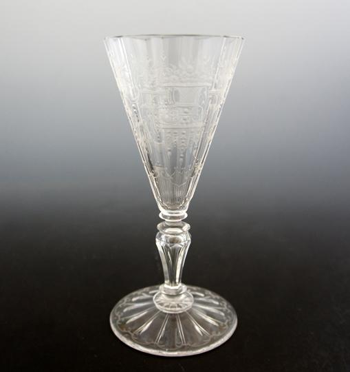 装飾ガラス「シャンパンフルート」