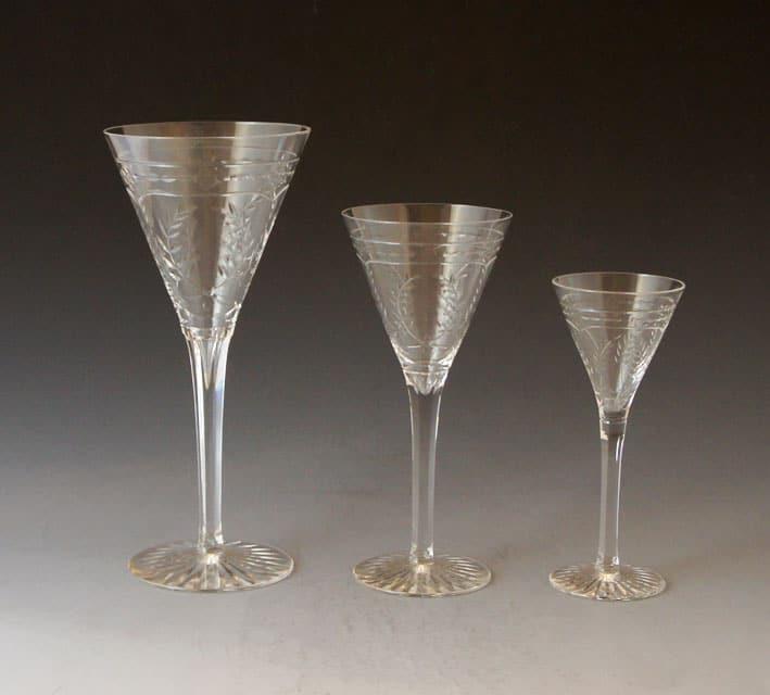 グラスウェア「リース文カット グラス 高さ20.5㎝/17㎝/14cm」