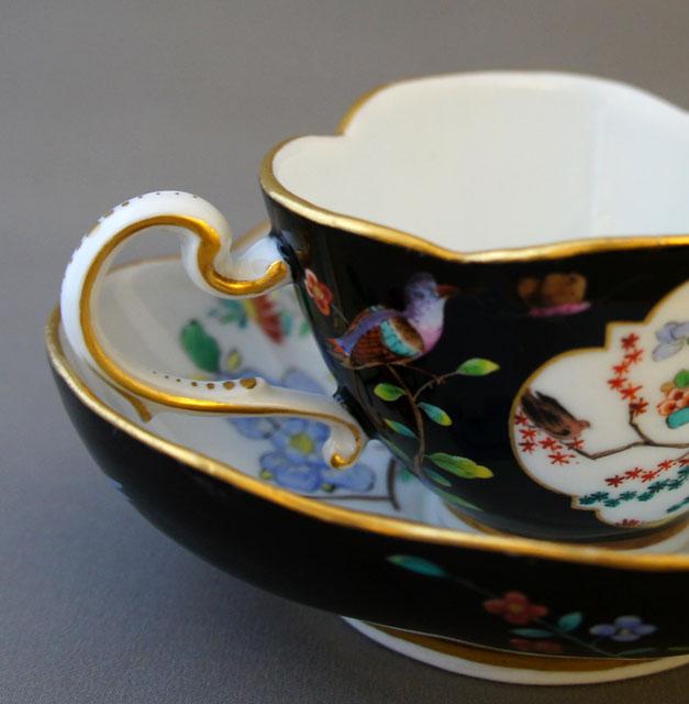 陶磁器「牡丹に鳥図 カップ&ソーサー」