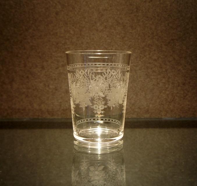 装飾ガラス「花文様 ゴブレット」