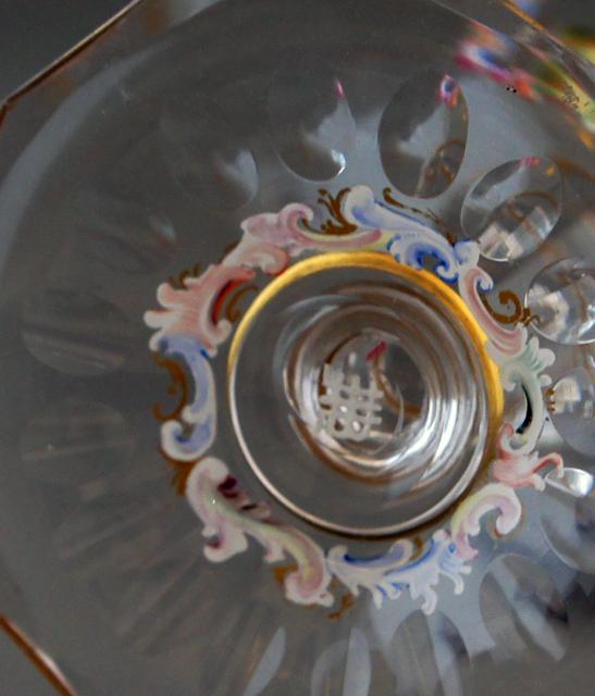 装飾ガラス「人物装飾クープグラス」