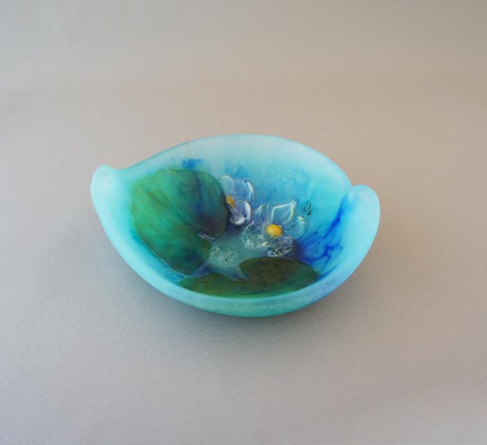 アールヌーヴォー「蓮文様 小鉢」