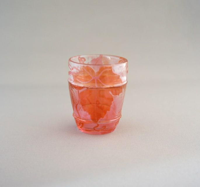 アールヌーヴォー「ファイアポリッシュ 葡萄の葉 リキュールグラス」
