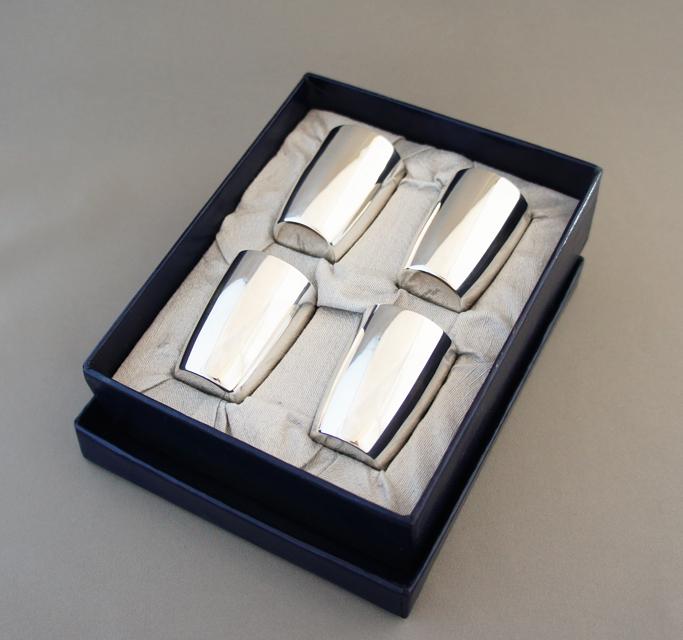 シルバー「シルバー製 リキュールグラス 4客セット」