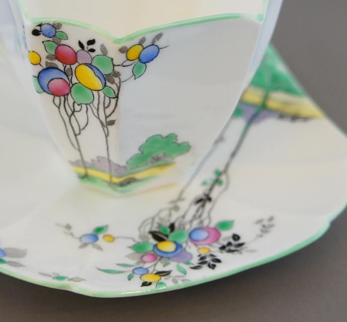 陶磁器「バルーンツリー コーヒーカップ&ソーサー」