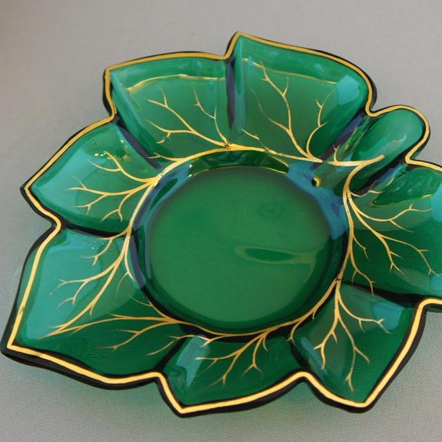 装飾ガラス「花文様 カップ&ソーサー」