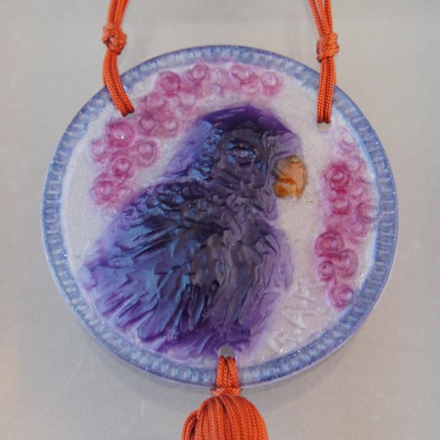 アールヌーヴォー「ペンダント「インコ」(紫)」