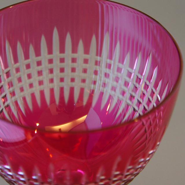 グラスウェア「ナンシー ラインワイングラス 高さ18cm」