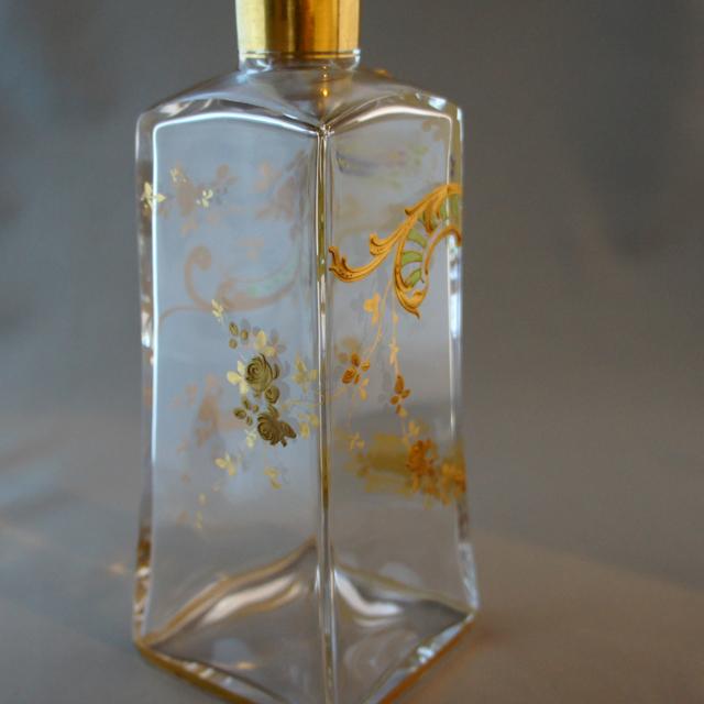 グラスウェア「金彩花装飾 デカンタ」