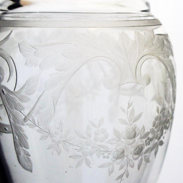 装飾ガラス「グラヴィール装飾 花瓶」