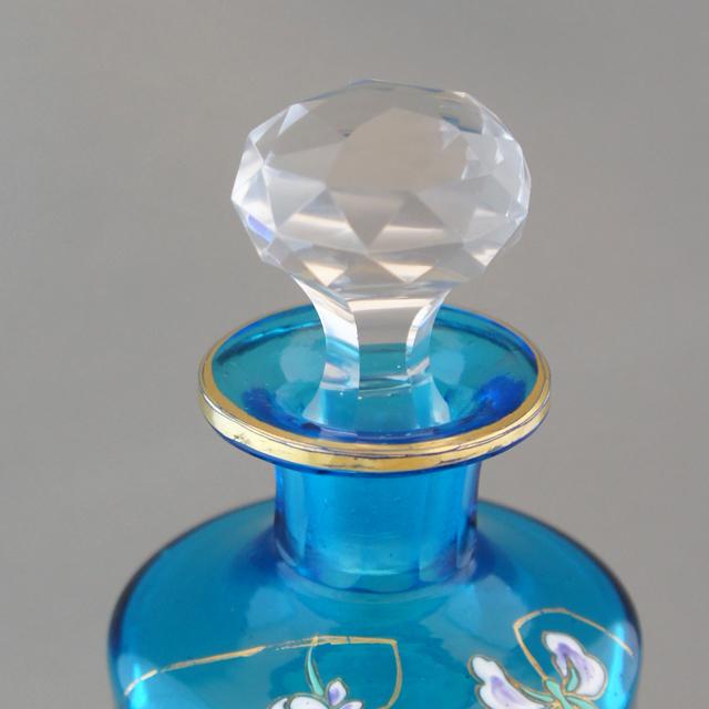 グラスウェア「スミレ文香水瓶」