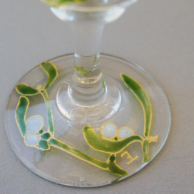 グラスウェア「宿り木文 ワイングラス(小)②」
