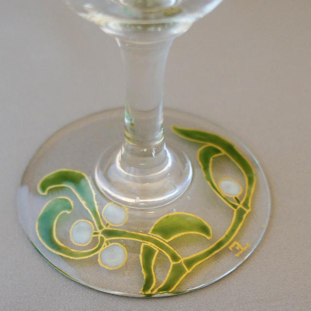 グラスウェア「宿り木文 ワイングラス(大)」