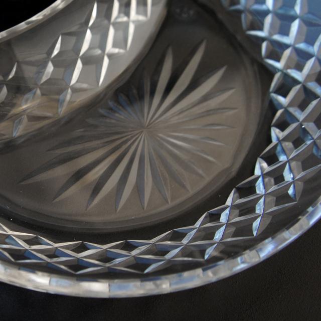 グラスウェア「カット装飾 クレセント皿」
