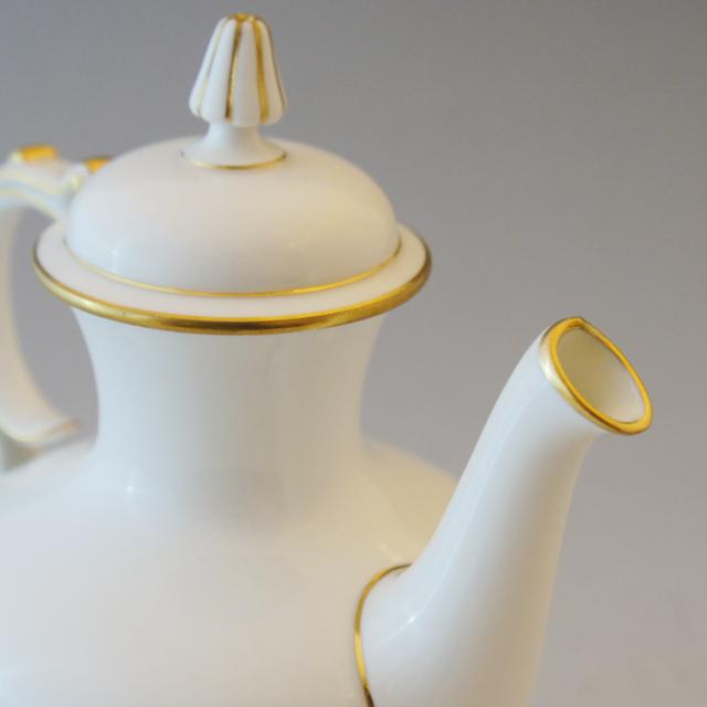 陶磁器「白磁 ティーセット」