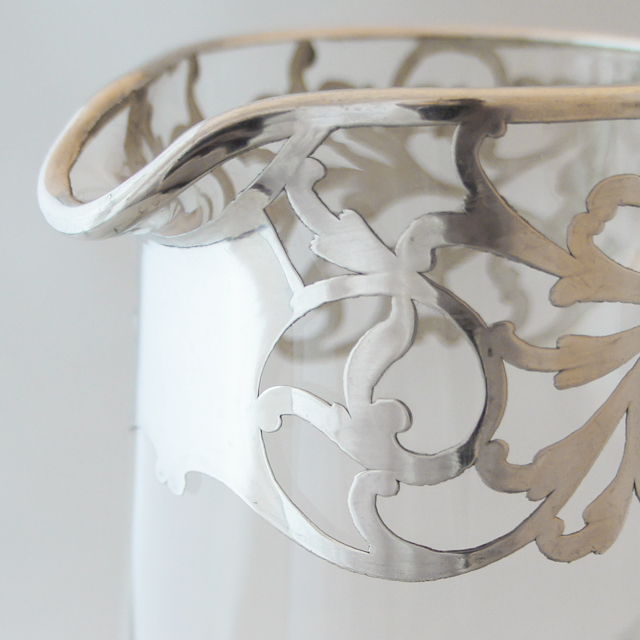 グラスウェア「銀巻き装飾 ピッチャー」
