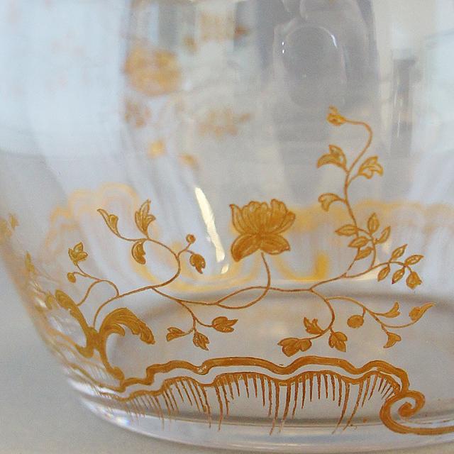 グラスウェア「金彩 花文様 蓋物」