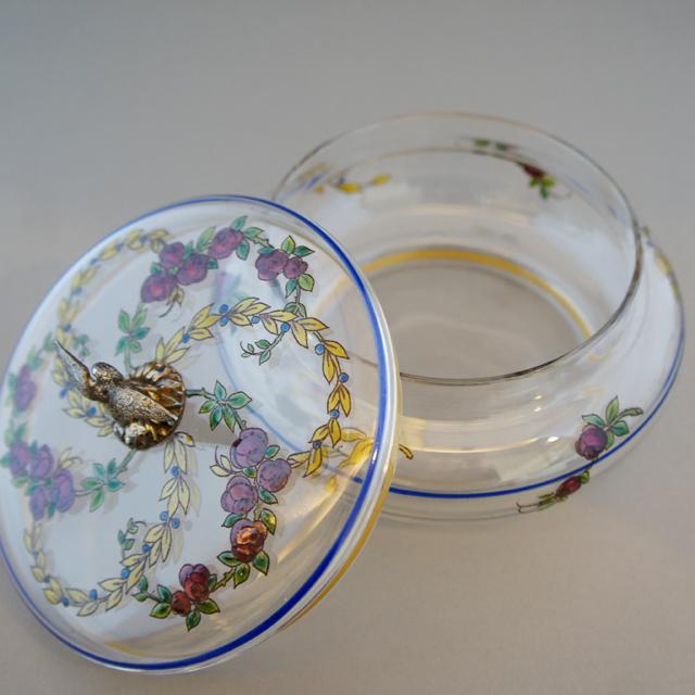 グラスウェア「エナメル装飾 薔薇文様 蓋物」