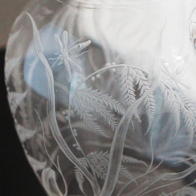 グラスウェア「グラヴィール装飾 草花と虫文様 ピッチャー(小)」