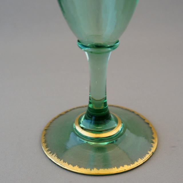 グラスウェア「緑色ガラス 金彩 フルートグラス」