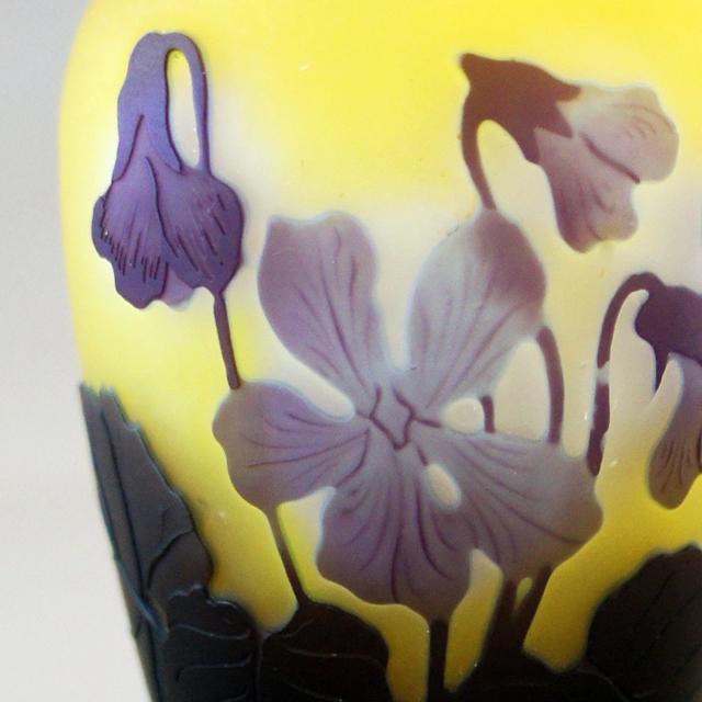 アールヌーヴォー「スミレ文 小花瓶」