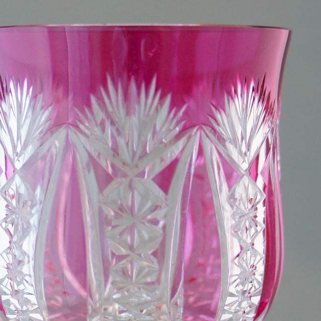 グラスウェア「ラインワイングラス「CONDE」(赤被せガラス)高さ20.7cm(容量約150ml)」