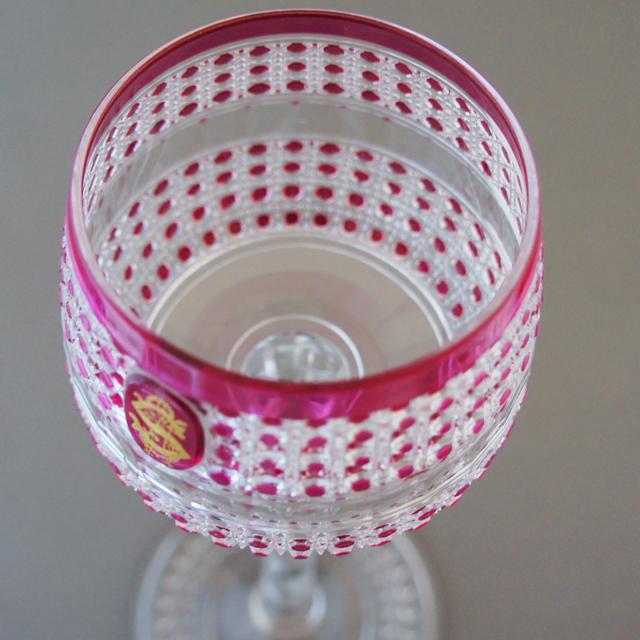 グラスウェア「ラインワイングラス「フレール -Flers-」(赤被せガラス)高さ19.7cm」