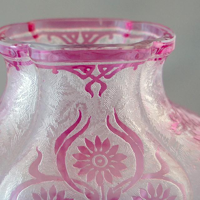 グラスウェア「花瓶「エグランチェ」」