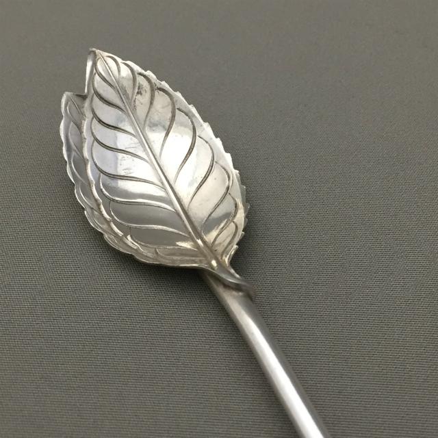 シルバー「葉っぱのマドラースプーン 長さ21.5cm」