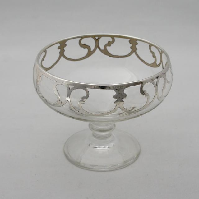 グラスウェア「唐草文 クープグラス」