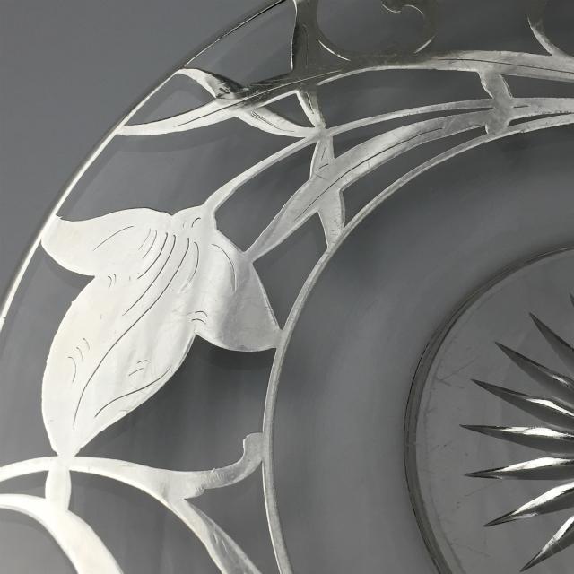 グラスウェア「銀装飾 花文様 皿(大)」