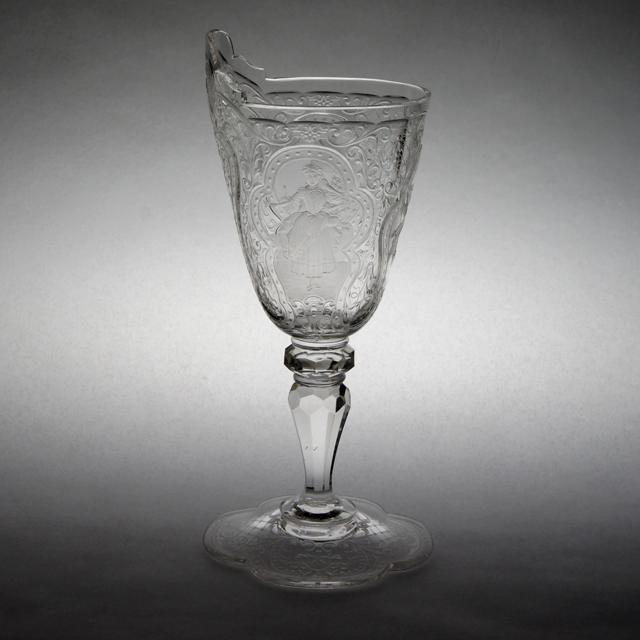 グラスウェア「人物文 グラヴィール装飾 ワイングラス 高さ15.3cm(容量約80ml)」