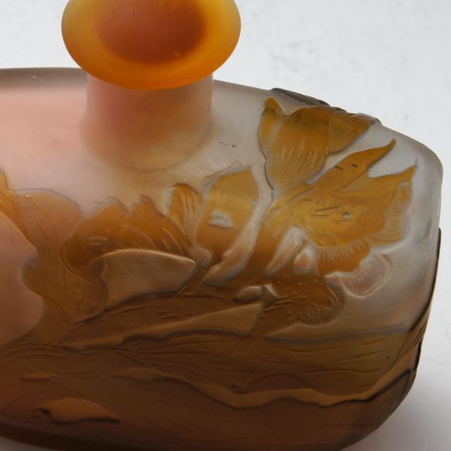 アールヌーヴォー「花文 香水瓶」