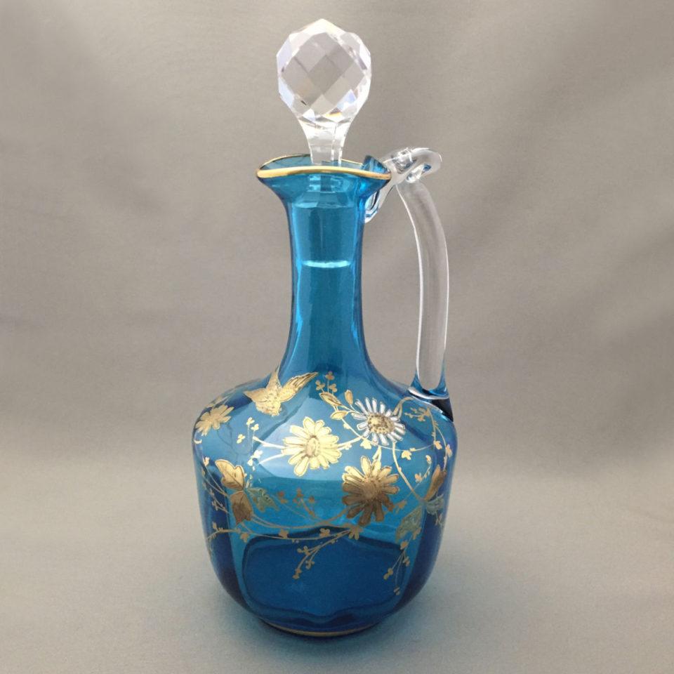 グラスウェア「ジャポニズム 花鳥文 青色ガラス デカンタ」