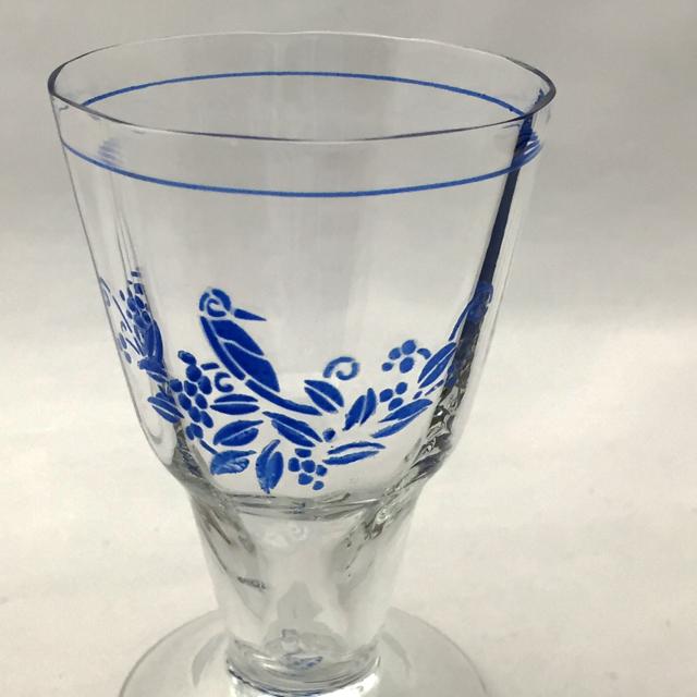 グラスウェア「ブルーエナメル 鳥文様 ワイングラス 高さ8.8cm(容量60ml)」