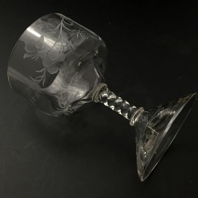 グラスウェア「グラヴィール装飾 草花文 ワイングラス(A)高さ10.5cm」